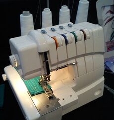 Singer 14T970 CoverStitch